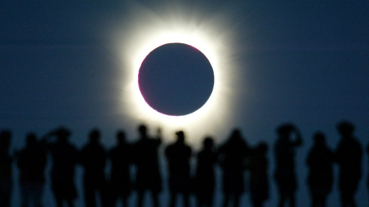 North Americas first total solar eclipse since 2008 and more cool