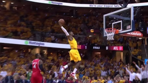 LeBron James dunks his way to 5th straight NBA Finals ...