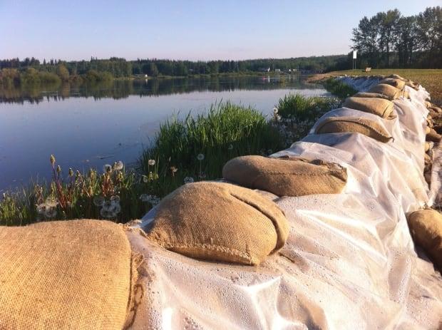 Flood threatens Vanderhoof residents