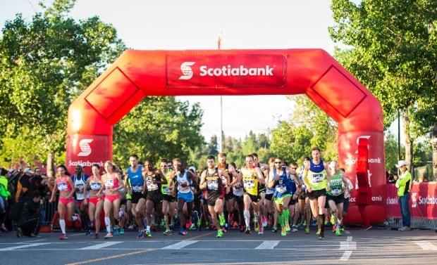 Calgary marathon start line