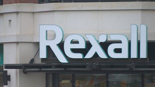 Pharmacists with experience at Rexall tell CBC that there is a push from managers to perform patient-focused services, mainly paid for by the provinces, despite a lack of time and resources to do them properly.