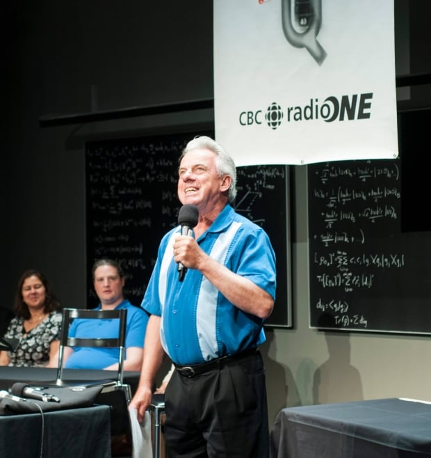 Bob on stage at the Perimeter Institute