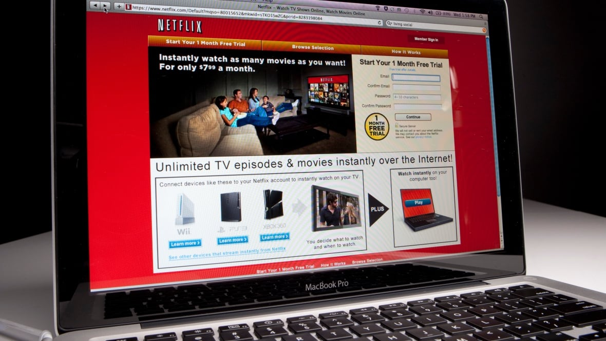 netflix stock at new high on news of impending stock split