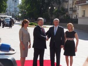 Harper-Poroshenko