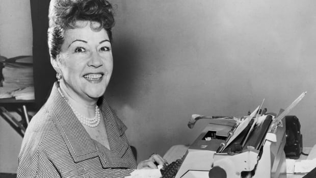 Irrelevant Show - Ethel Merman