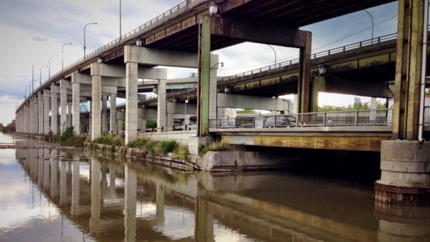 Toronto city council approved a redevelopment plan for the eastern portion of the Gardiner Expressway on Thursday afternoon.
