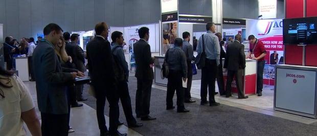 Long lines at Calgary job fair