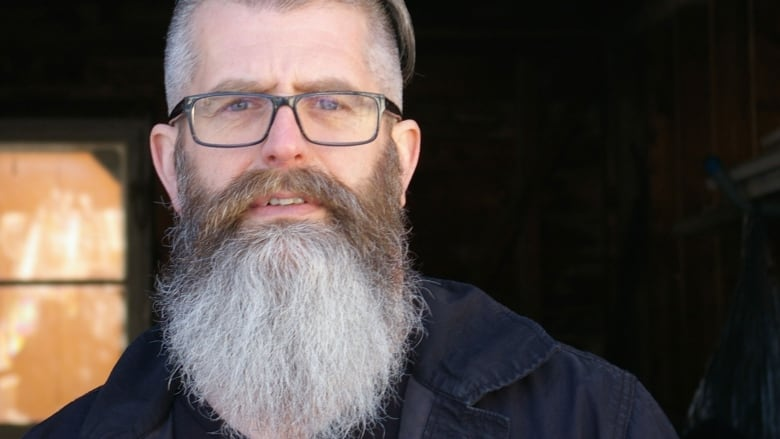Hipster chic inspires big growth in beard-related businesses