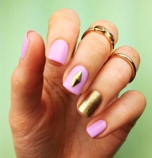 Sandi ball of brookfield nl snags 13 million facebook fans sandi ball nails pink prinsesfo Gallery