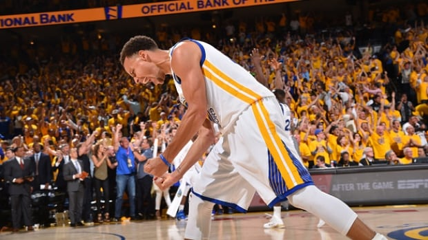 Steph Curry lights up NBA Finals | CBC Sports