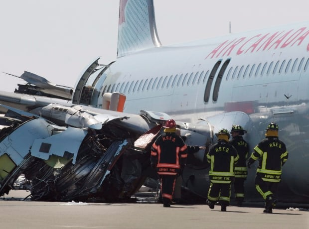 Halifax Hard Landing March 30 2015 air canada