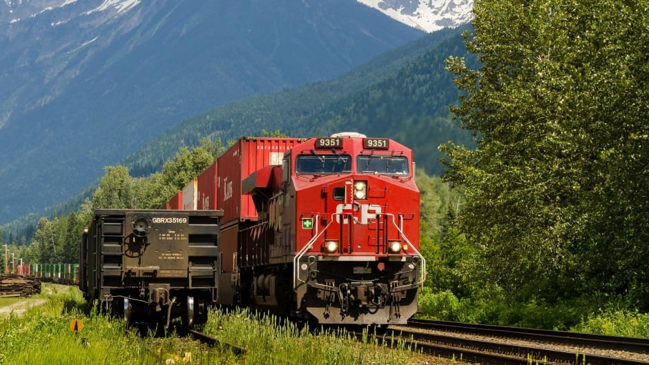 CP train left without hand brakes above Revelstoke, B C