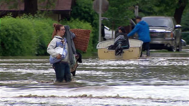 Natural disasters such as the 2013 flooding in High River, Alta., will cause the annual cost of disaster relief to soar in Canada, according to the PBO.