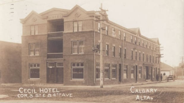 The Cecil Hotel in 1912 as it appeared on a postcard.