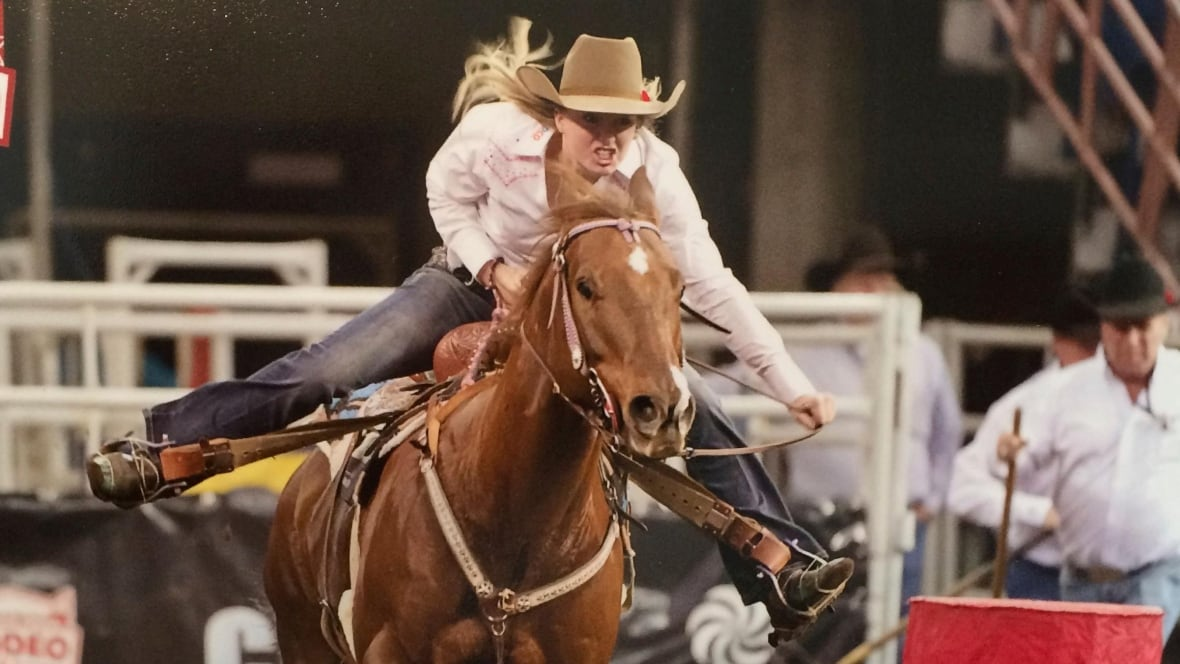 Calgary Stampede Barrel Racing Sydney Daines A Competitor
