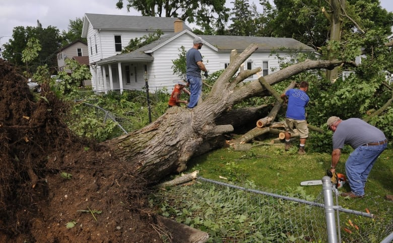 Illinois storm moves east after tornadoes leave several injured