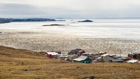 Iqaluit tundra valley