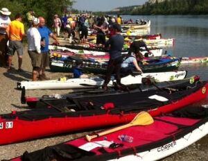 Yukon River Quest takes off 2015
