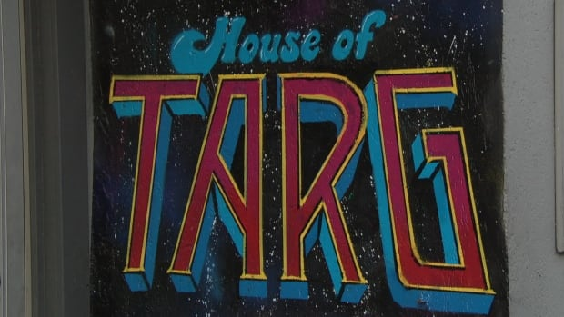 House of TARG is an arcade featuring live music in Old Ottawa South.