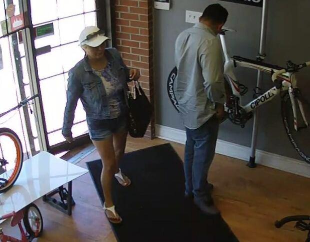 Toronto bike theft suspects