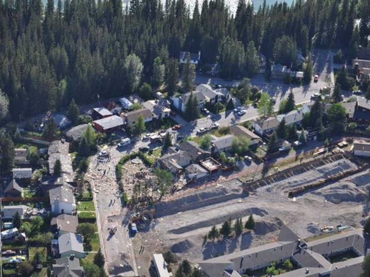 Canmore House Explosion Likely Caused By Gas Leak Cbc News