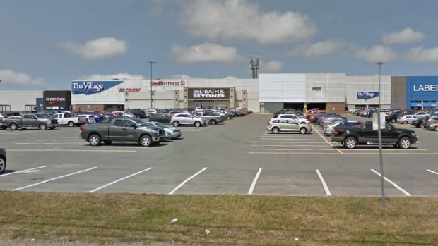 'Large number of items' stolen during Village mall jewelry ...