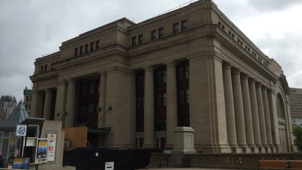 Ottawa's old railway station is undergoing a massive refit to accommodate the Senate chamber beginning in 2018. But just months into the job, engineers have found the heritage structure is in much worse shape than expected, adding at least $29 million to the initial $190-million rehabilitation budget.