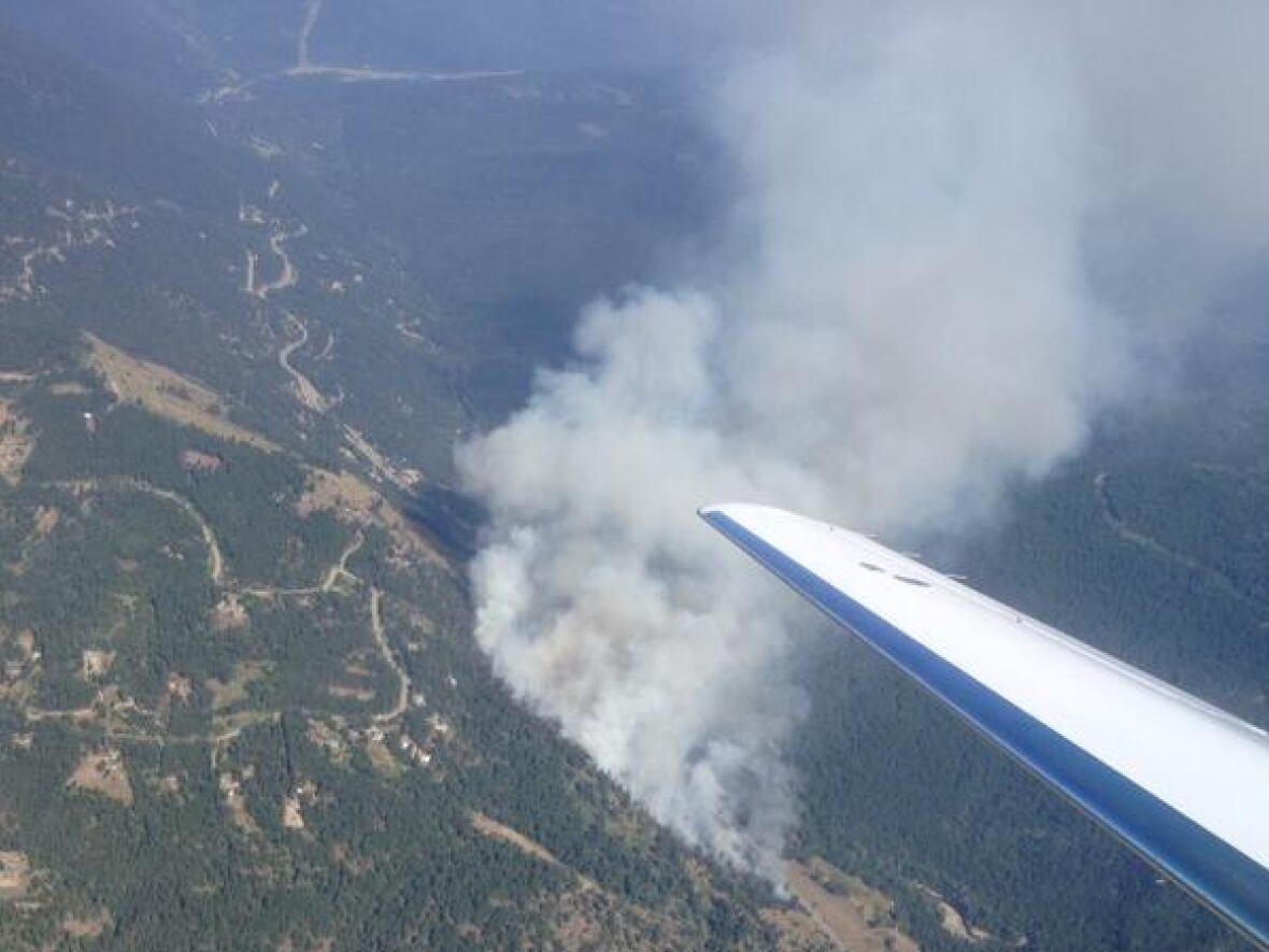 Huckleberry fire east of Kelowna, B.C. leads to 140 evacuations ...