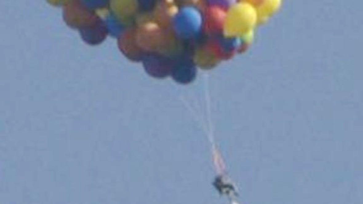 Calgaryu0027s Balloon Man Describes Soaring Over City In Lawn Chair   Calgary    CBC News