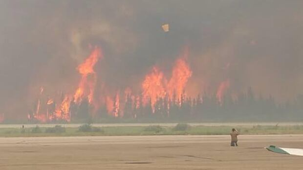 This was the situation at the La Ronge airport on the weekend.