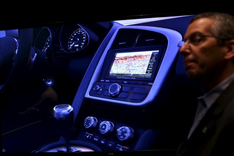 Car dashboards that act like smartphones raise safety ...