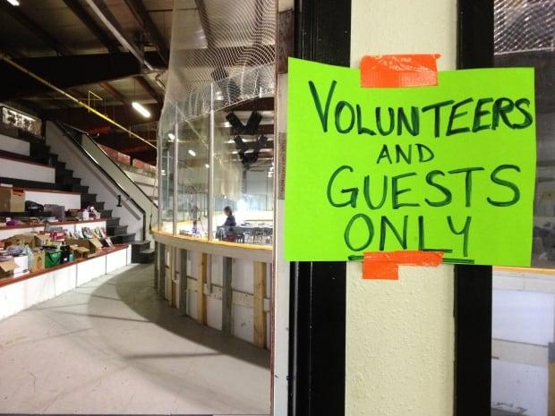 Beardy's hockey arena shelter