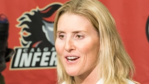 Hayley Wickenheiser announced Tuesday she plans to enter the 2015 CWHL entry draft in hopes she can join the Calgary Inferno.
