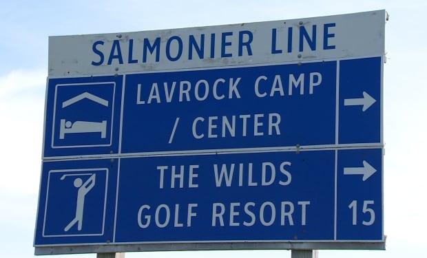 Tourist-oriented signage