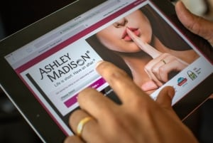 Ashley Madison tablet