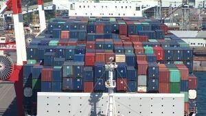 Vivaldi container ship