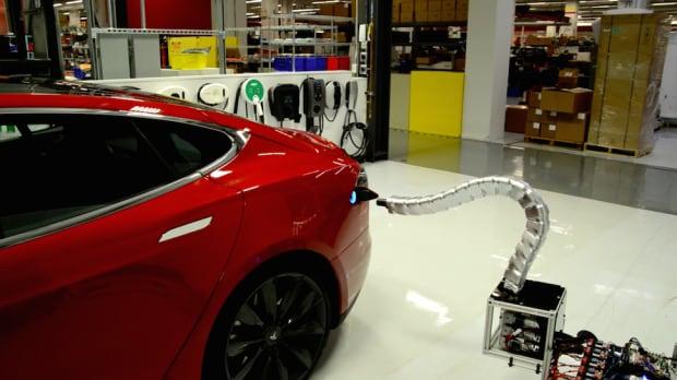 Tesla Robot Snake
