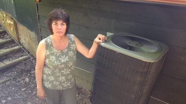 Deborah Bennett paid $14, 000 but said the company's owner, Troy Mailman, didn't install the units properly.