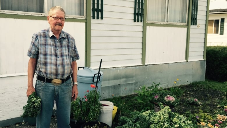 Faces of Midfield Mobile Home Park fight honoured in short doc | CBC on small log homes, skyline homes, trailer homes, tiny manufactured homes, modular homes, manufactured log homes, short clothing, short buildings, small movable homes, small model homes, prefab small homes, prefab micro homes, stone and cedar homes, small manufactured homes, short houses,