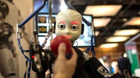 Pew Robot Labor