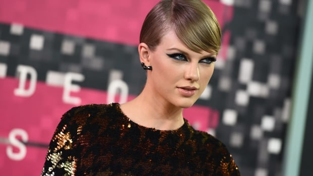 Taylor Swift is one of the biggest pop stars on the planet, and CBC's Zach Goudie says he couldn't believe the amount of Twitter traffic he gained after being retweeted by the singer.
