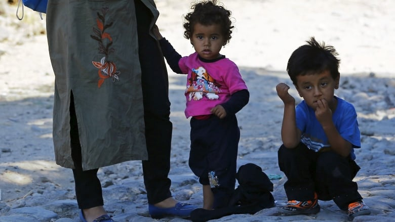 Migrant crisis: Should pictures of a drowned Syrian boy be