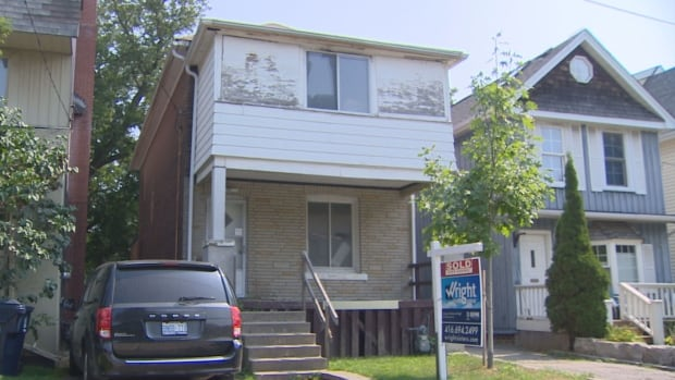 """This three-bedroom uninhabitable Toronto home in """"extremely poor condition"""" just sold for $1.05 million. The selling agent says it's the """"new normal"""" for the neighbourhood."""