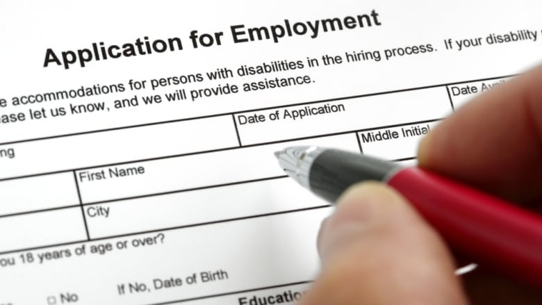 Resume expert offers advice to job-hunting Albertans | CBC News