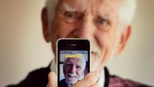 Cellphone Inventor Martin Cooper