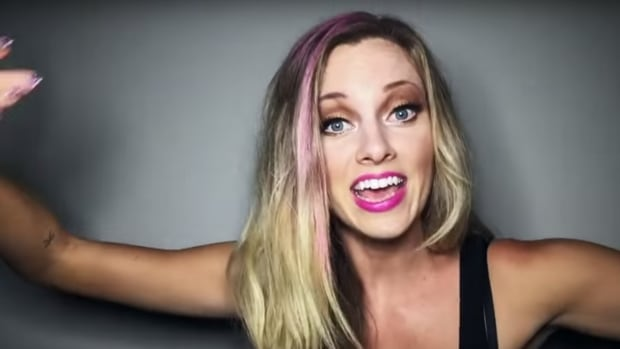 Canadian Youtube Star Encourages Fat-Shaming In Widely -9517