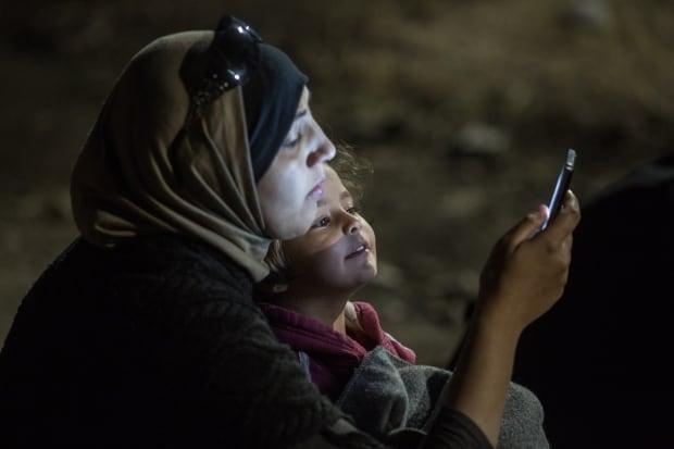 Migrant smartphone