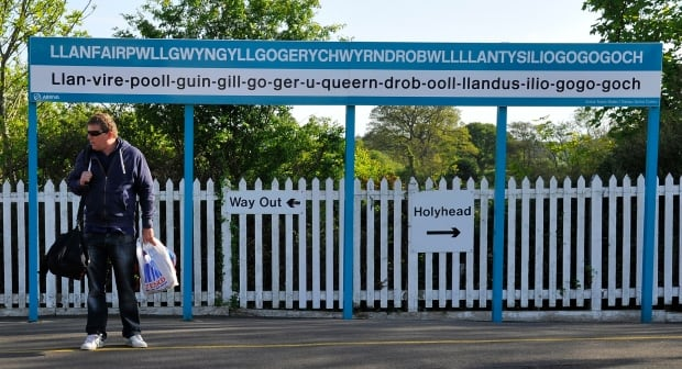 BRITAIN/Llanfairpwllgwyngyllgogerychwyrndrobwllllantysiliogogogoch
