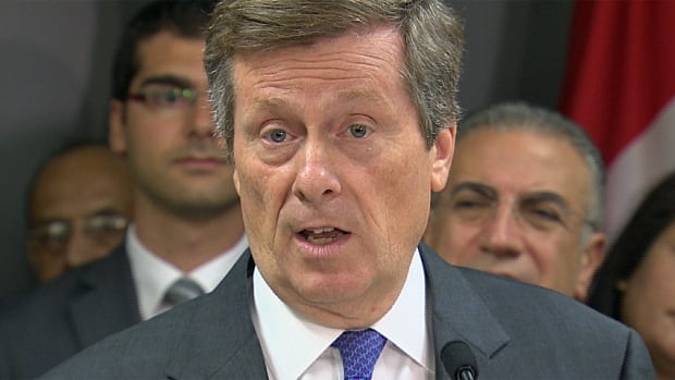 Toronto Mayor John Tory is facing charges from opponents of a potential Olympic bid that he is keeping costs and details of the bid under wraps.