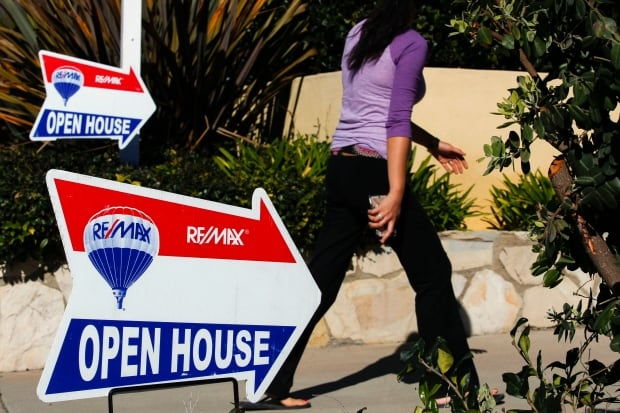 housing real estate for sale sign